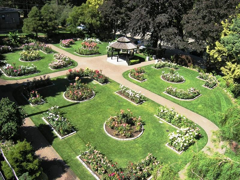 Centennial lodge and rose garden city of new westminster for Garden design queens park